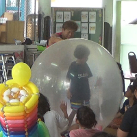 タイ バンコク・孤児院での慰問バルーンショー ~ ボランティア公演報告 ~