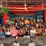 カンボジア プノンペン・孤児院でのボランティアバルーンショー